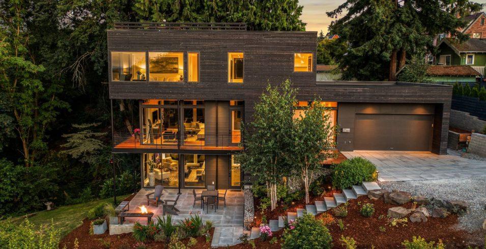 Hybrid Hill House